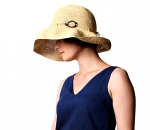 恋仲の市川由衣の帽子