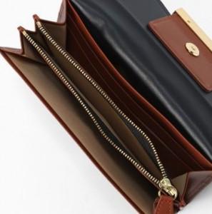 オトナ女子 篠原涼子さんの財布