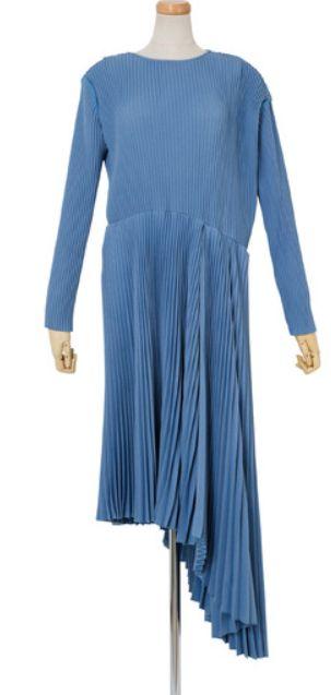 モンテクリスト伯衣装「山本美月のブルーのアシンメトリーワンピース」